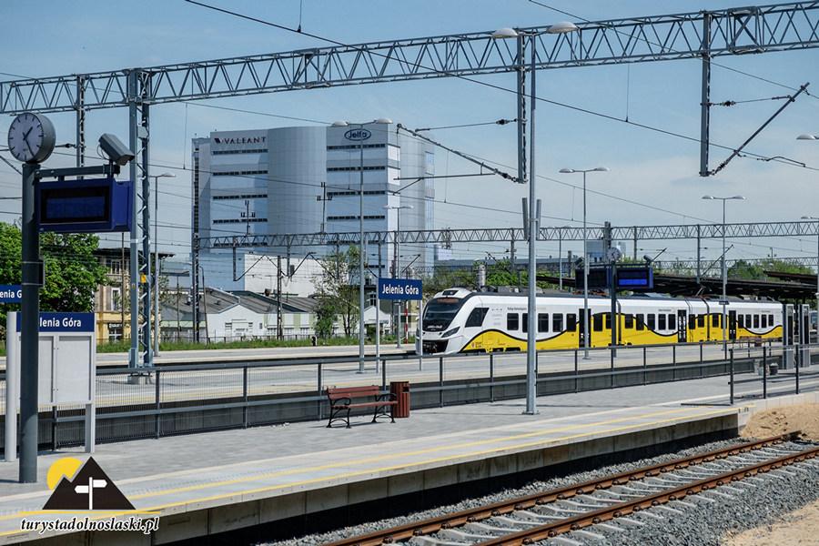 Jelenia Góra, Dworzec Główny